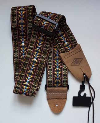 Folklore Gitarrengurt braun von LM, 6cm breit