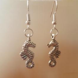 Ohrringchen Seepferdchen Silber